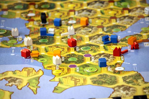 Catan Histories: Merchants of Europe Componentes