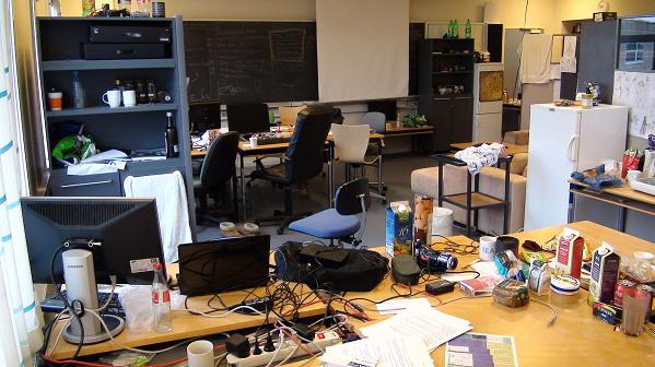 7  Meses Vivendo numa Sala de Aula para Lançar o Game Forced