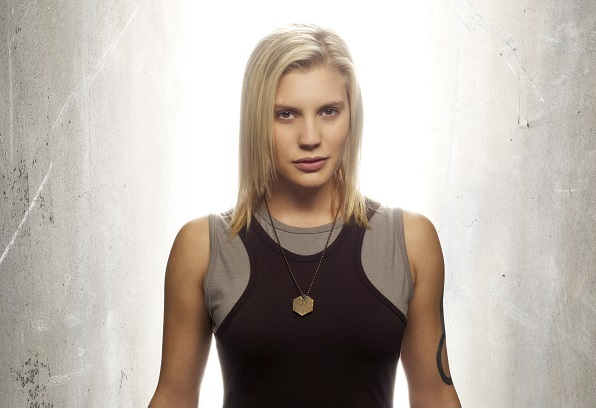 Katee Sackhoff como Capitã Marvel?